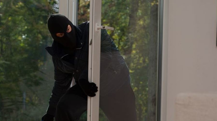 Security Tips For Living Alone!